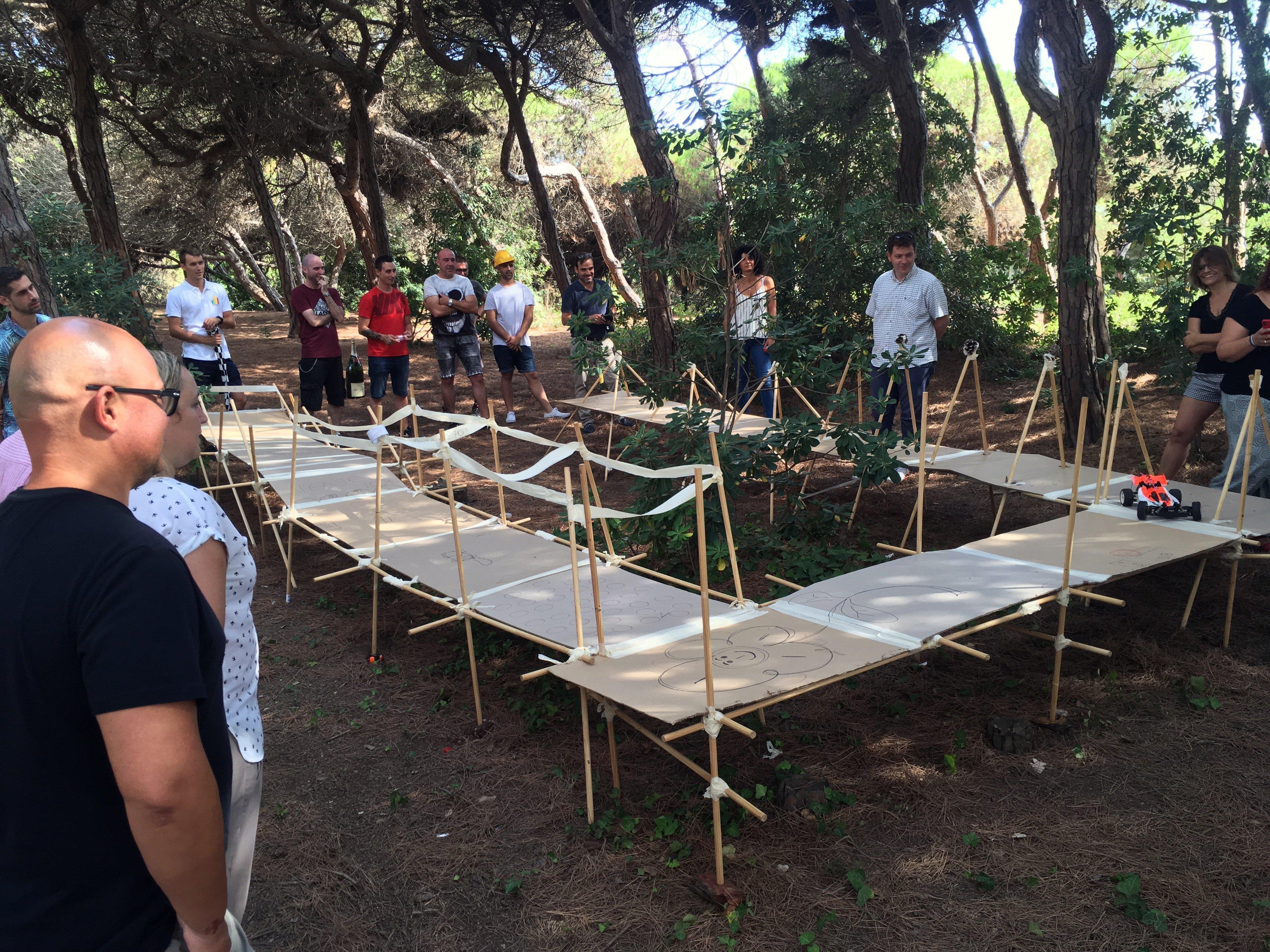 Team building creative construction