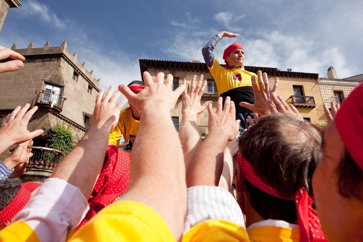 HFC Castellers Teambuilding Human Towers Activity Barcelona (13)