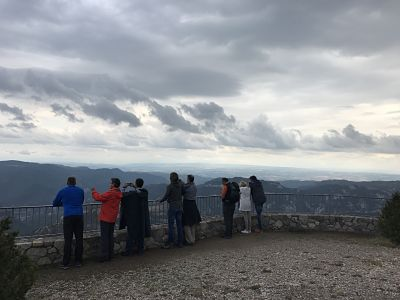 OFFSITE MEETINGS: OUTDOOR TRAINING SEMINAIRE IN THE PYRENEES