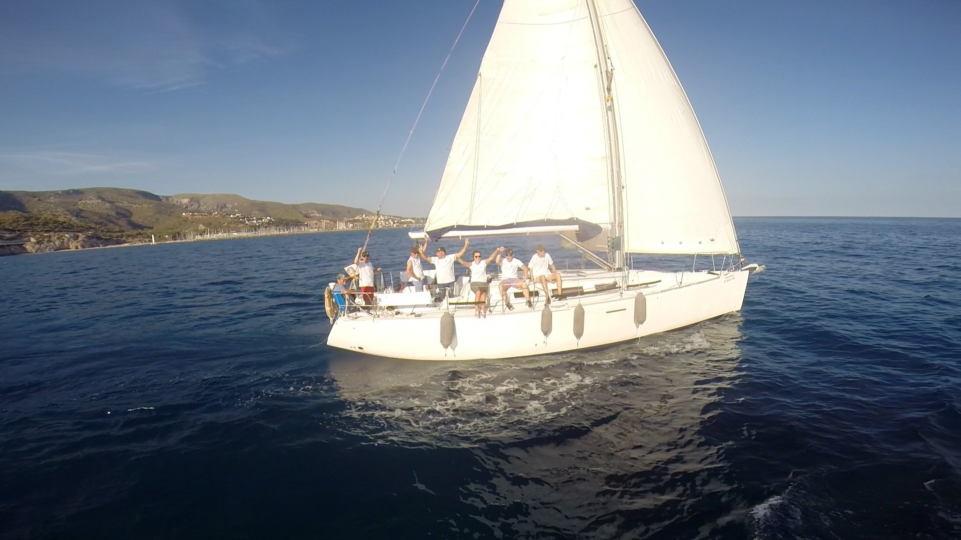 Sailing experience team building barcelona