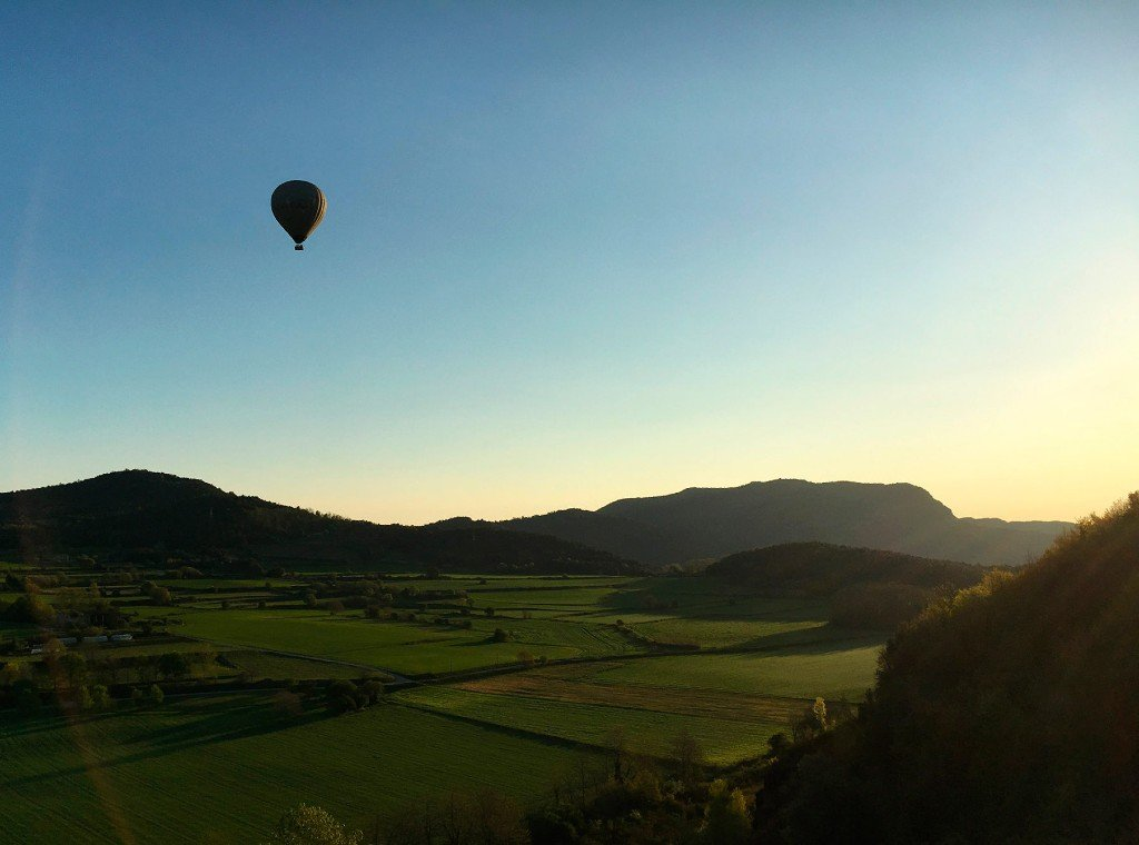 Outdoor conference Hot air balloon Costa brava