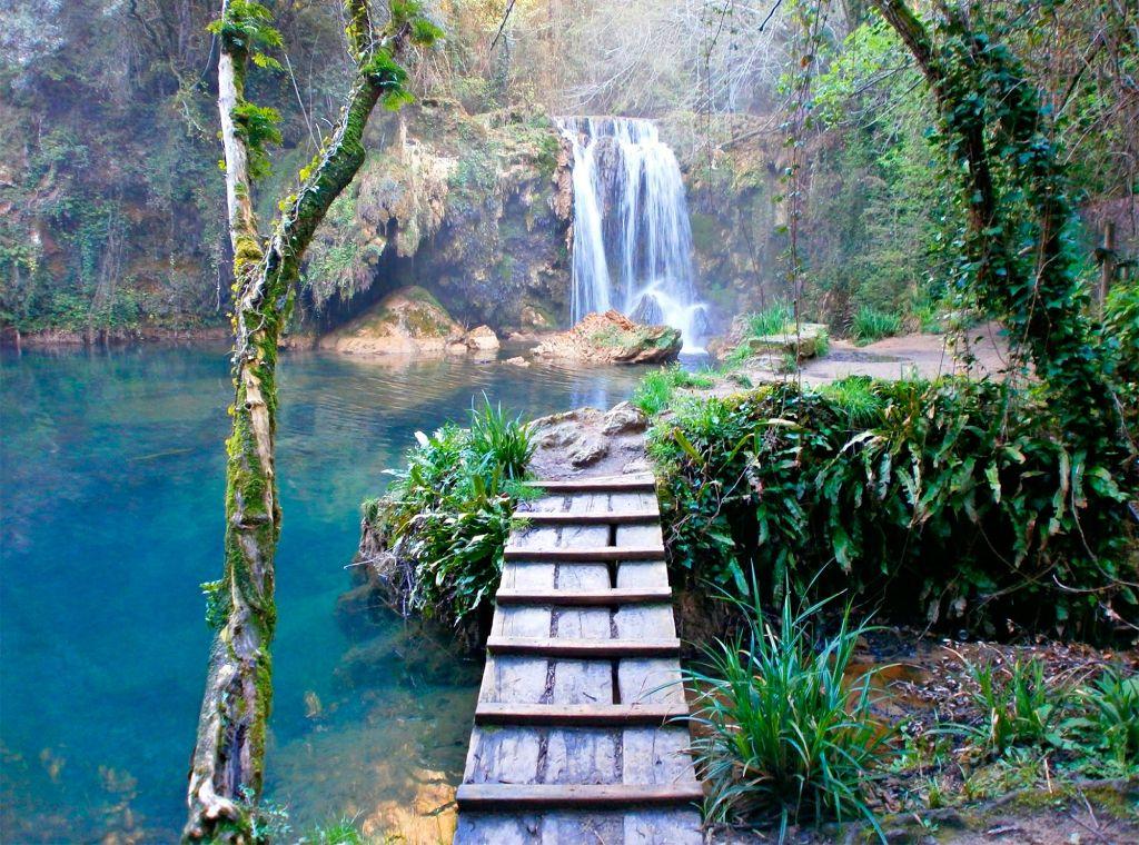 Hiking routes waterfall costa brava