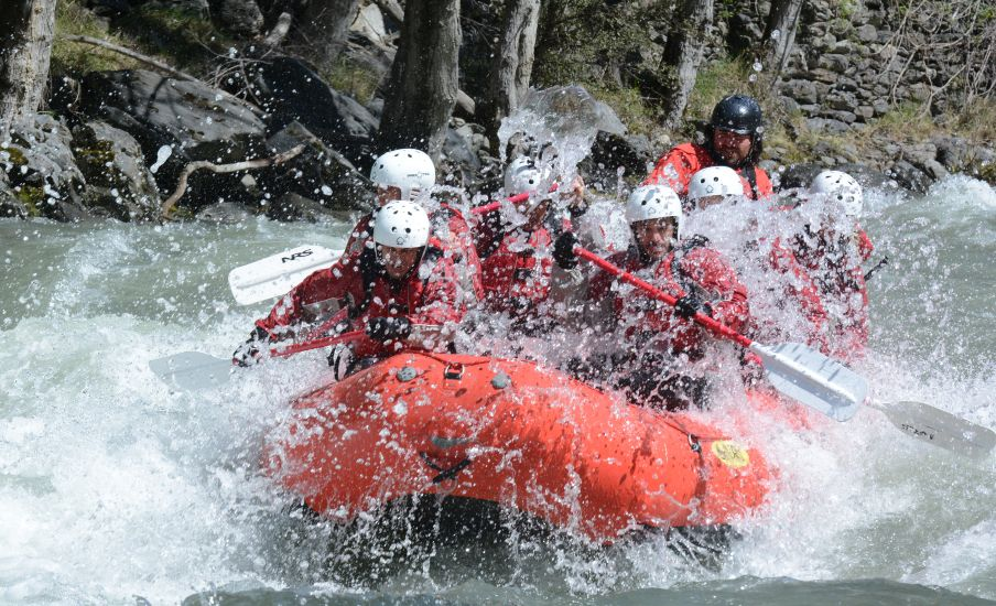 Rafting outdoor conference Pyrenees