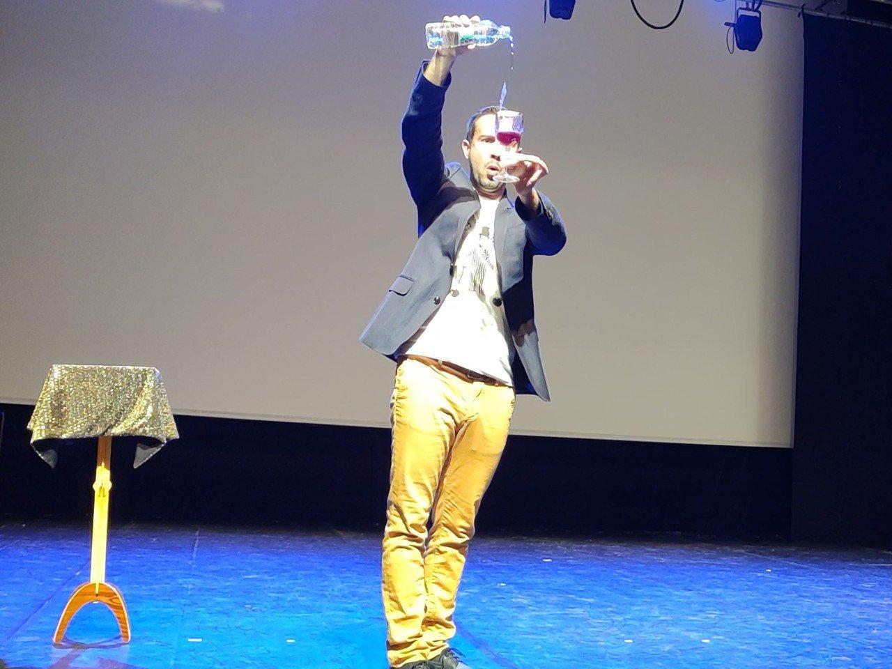 HFC Live entertainment magic show 4